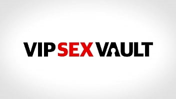 VIP SEX VAULT - Angie Moon - Perv Daddy Knows How To treat His Girl On Casting