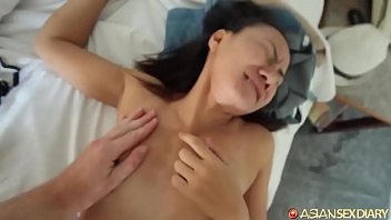 Horny Thai amateur asks for anal but bites off more than she can chew