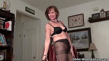 Classy granny Penny from the USA gives her matured tits and smooth pussy the attention they still need. Bonus video: American gilf Bossy Rider.