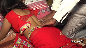 Newly Married Indian Housewife Fucking By Lover