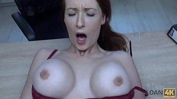LOAN4K. Hypnotisant seins pour credit...