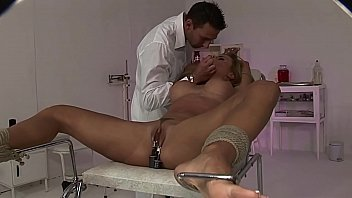 Submissive slave girl Bonny Bon, simply loves to be treated like a bitch! Part 1.