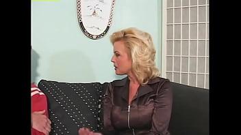 Horny stepmom takes control and demands sex - Angelica Sin, Carolyn Monroe, Dalny Marga, Vicki Vogue