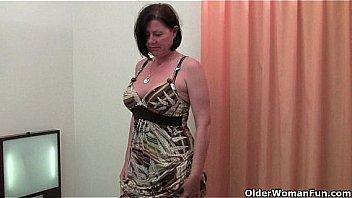 Curvy mature mom in stockings...