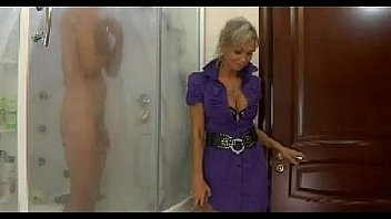 Hot mor n150 blond russiske...