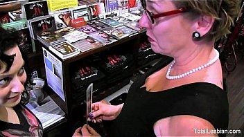 Svart lesbiske har sex