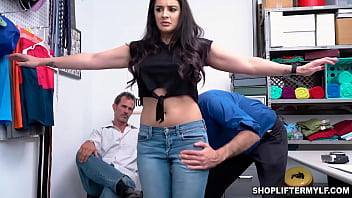 Hot MILF thief Sheena Ryder begs for freedom