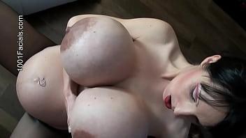 1001-Facials - no chance against these pout