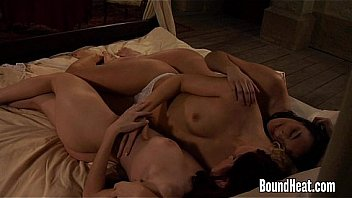 Making Lesbian Love In Threesome