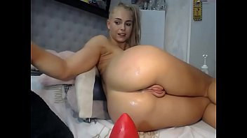 Sexy Young blonde altered her asshole