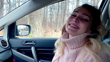 Babe Sucked Cock Stranger While Her Friends Were in the Forest - In Car