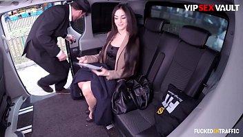VIP SEX VAULT - Shy Taxi Driver Has Sex In His Car With A Feature PornDoe Pornstar (Lullu Gun & Luke Hotrod)