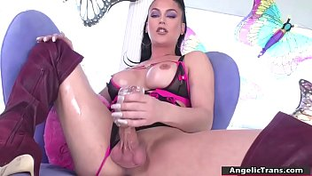 Tranny Domino Presley uses a soft gel and masturbates her huge shedick