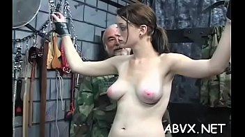 Sleazy non-professional bondage act