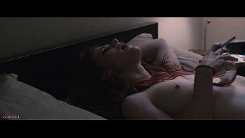 Rose Leslie – Sticky Notes