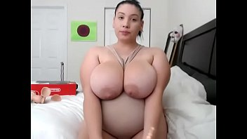 Big Bouncy Boobs Chanel Frost CamShow