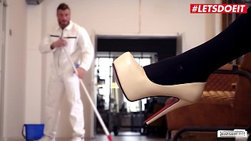 BUMS BUERO - Hot Sex At The Office With A Delicious Blondie And Her Work Companion - Fit XXX Sandy