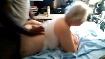 Bbc bull fucks wife untill she screams in pain pleasure while cuckold hubby films