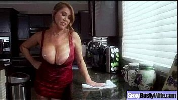 Sexy Wife With Big Juggs Ride Cock In Front Of Cam vid-20