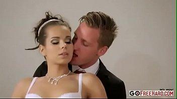 Cuckold Bride get Double Penetration (MMF)
