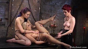lesbisks Lea Hart og Angel...