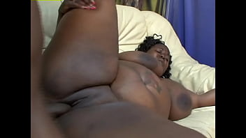 This black girl is fucking huge, and she is a fucking whore - Bonnie Blaze, Farrah Foxx, Shonta Cashay, Subrina Love
