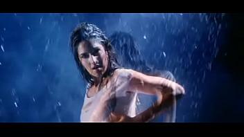 Katrina Kaif sexy hot blue show