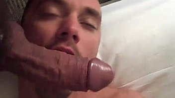 Guy deep throating cock