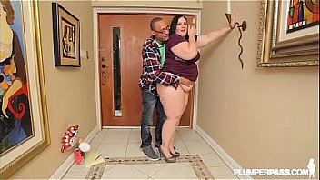 BBW Becki Butterfly Fucks Ramons Monster Cock