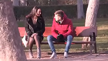 Lucia Nieto meets and sucks dicks in a public Madrid Park