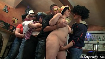 Chubby party girls get naked in the bbw bar
