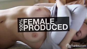 Brunette beauty from Yanks Lisa Santiago masturbating her delicious twat well