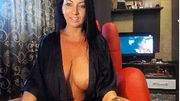 Amateur busty blonde MILF machine masturbates on webcam
