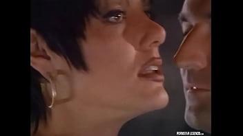 Classic Pornstar Jeanna Fine Picks Up Mike Horner And Gets A Facial