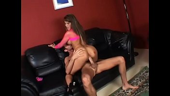 Sexy brunette girl gives BJ and gets gets good pussy fucking
