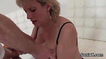 Mature Lady Swallow Search Xnxx Com
