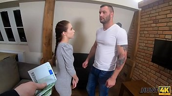 HUNT4K. Teen couple has no money and is ready to sell anything