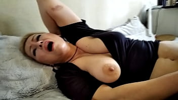 Mom's big boobs: instruction manual ))  Mature whore AimeeParadise has really bigger tits and big nipples ... If this slut is properly pulled on the nipples, she has a funny orgasm!