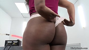 Big tits and big butt solo ebony babe takes fucking machine in shaved and pierced pussy