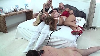 Cuckold slave have to look as the ruler couple fucks