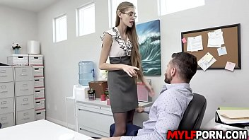 MILF boss Kyaa Chimera got fuck inside her office