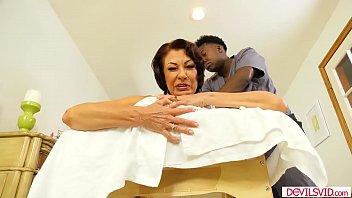 Mmilf distresses herself by fucking her black masseur
