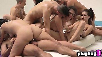 Weird orgies after a gym between insane people