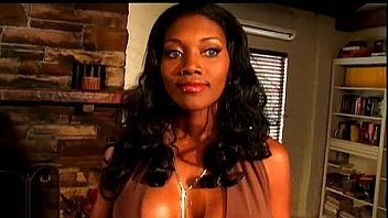 Nyomi Banxxx is so beautiful and seductive  some o