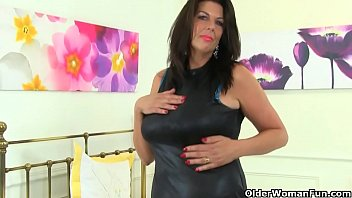 english milf camilla cream pie pulls out her big tits and starts toying shaven fanny in the bathroom bonus video british lulu