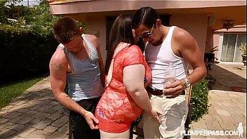 Big Booty BBW White Slut Holly Fucks 2 Huge Cocks