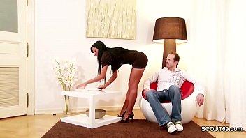 Chef fickt seine Mega Geile Sekreterin durch