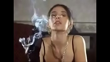 colight A Classic Smoking Fetish Girl With A Holder