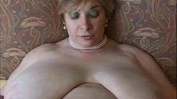 Big fat sexy grannies
