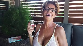 Deauxma Piss drinking from a Glass